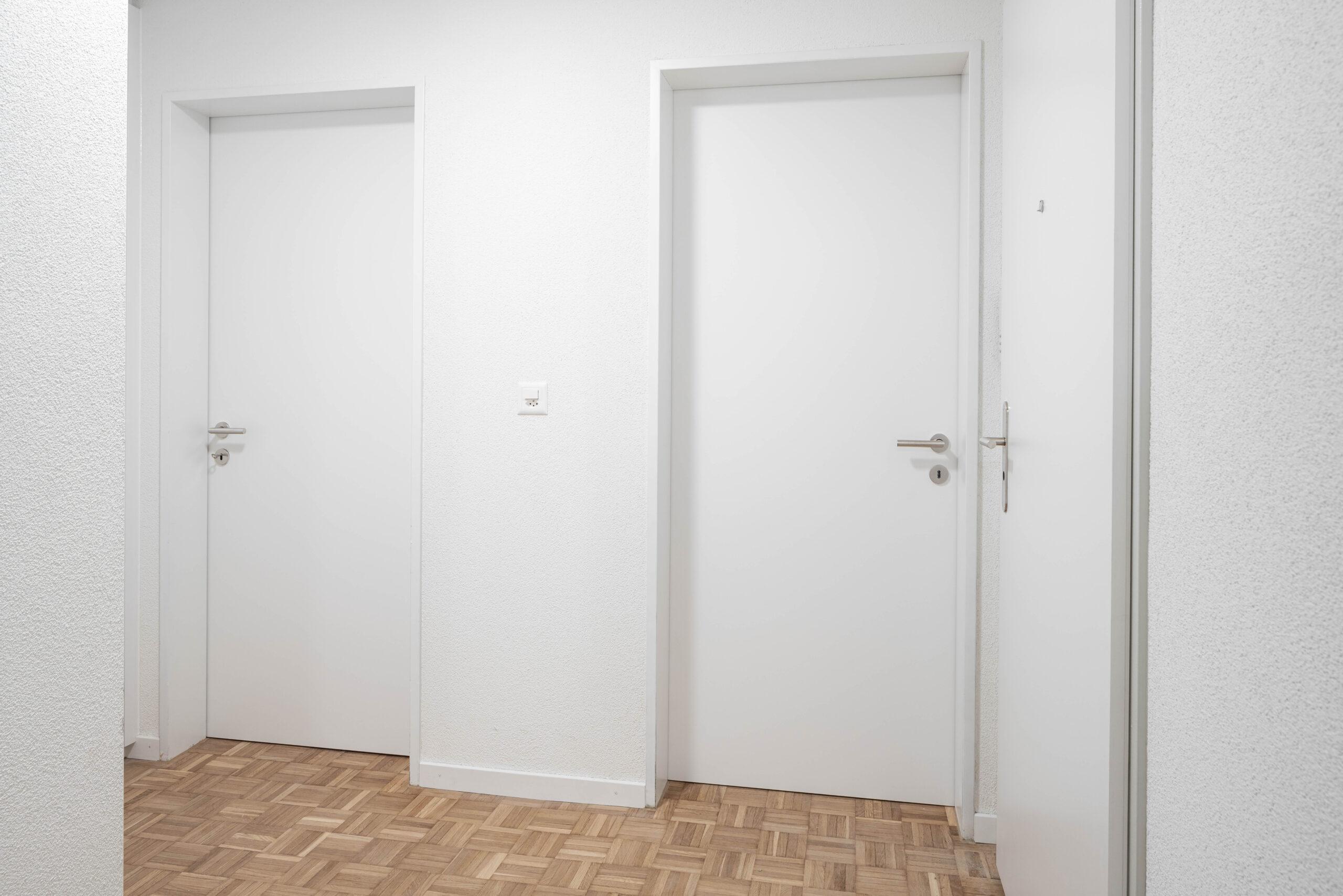 Div. Türen
